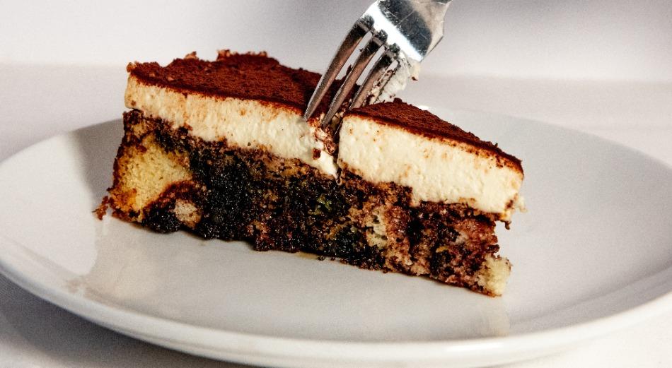 Tiramisu Marble Cake